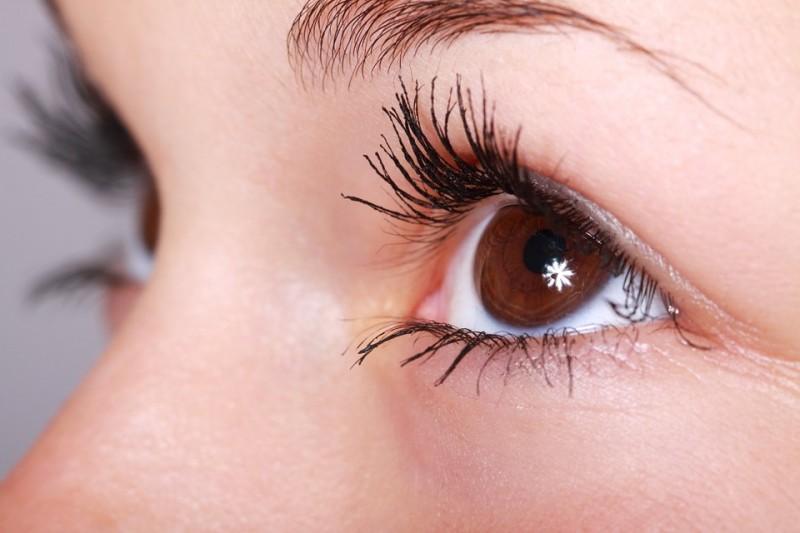 شایع ترین بیماری های پلک چشم و راه های درمان