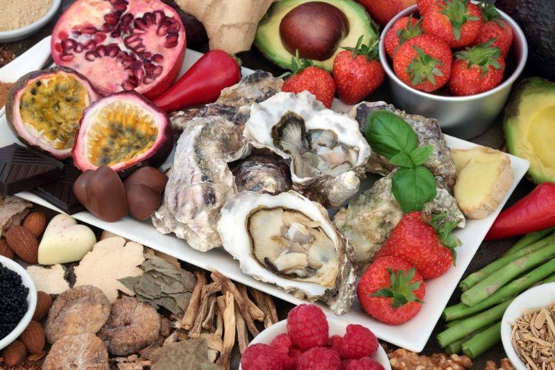 خوراکی های مفید و مضر در کنترل میل جنسی