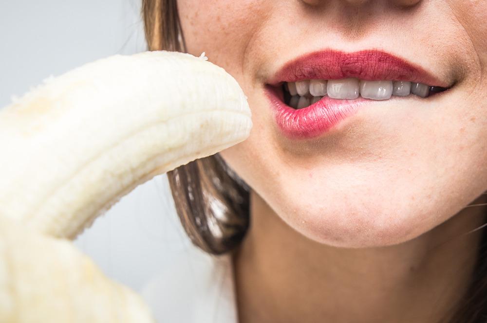 تقویت و بهبود ارگاسم زنان با این ۲۰ خوراکی جادویی !