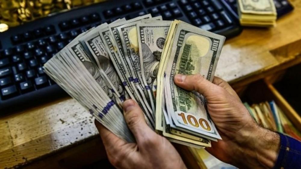 آیا قیمت دلار پایین می ماند ؟