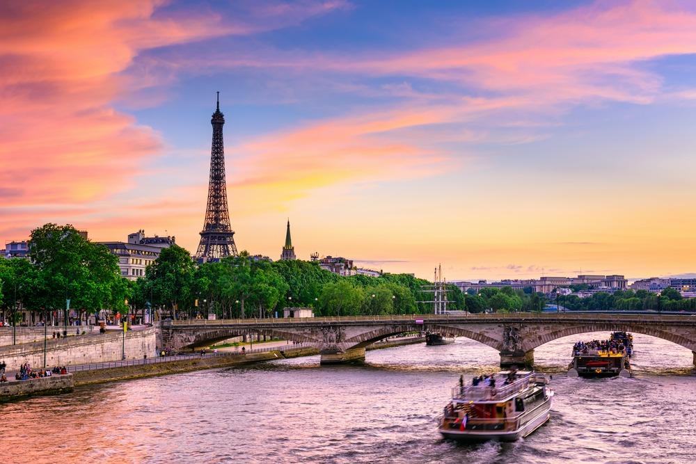 در سفر به فرانسه از این مکانها دیدن کنید
