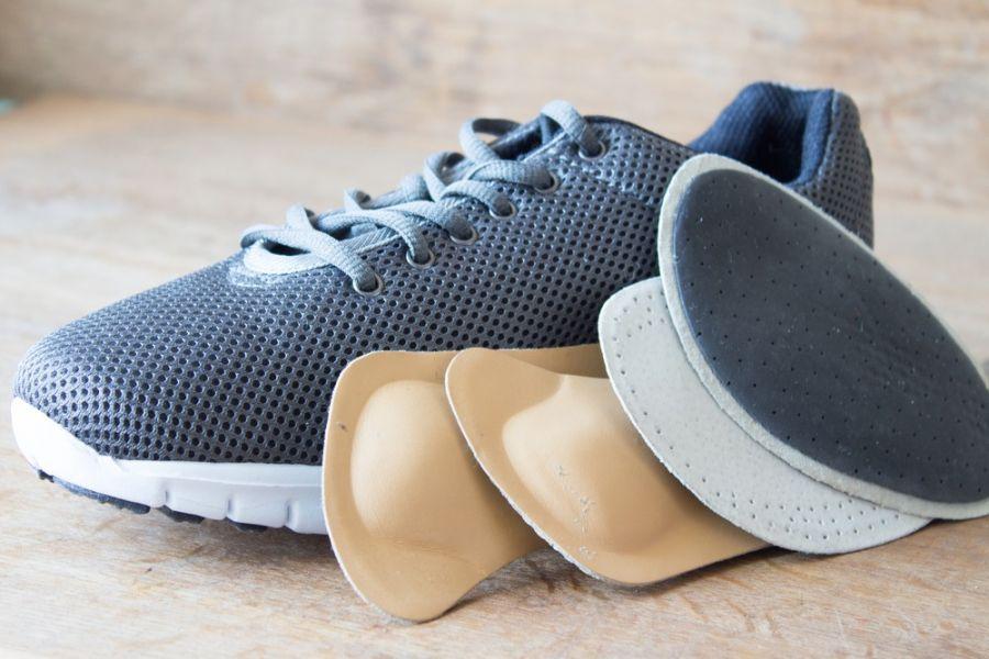 کفش طبی چه ویژگی هایی باید داشته باشد؟