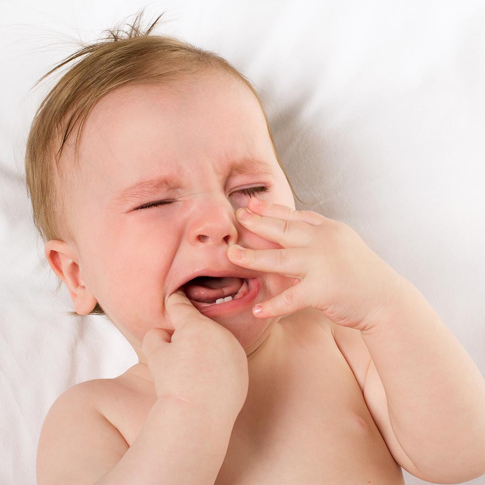 نوزادان و عوارض خطرناک ژل بنزوکائین