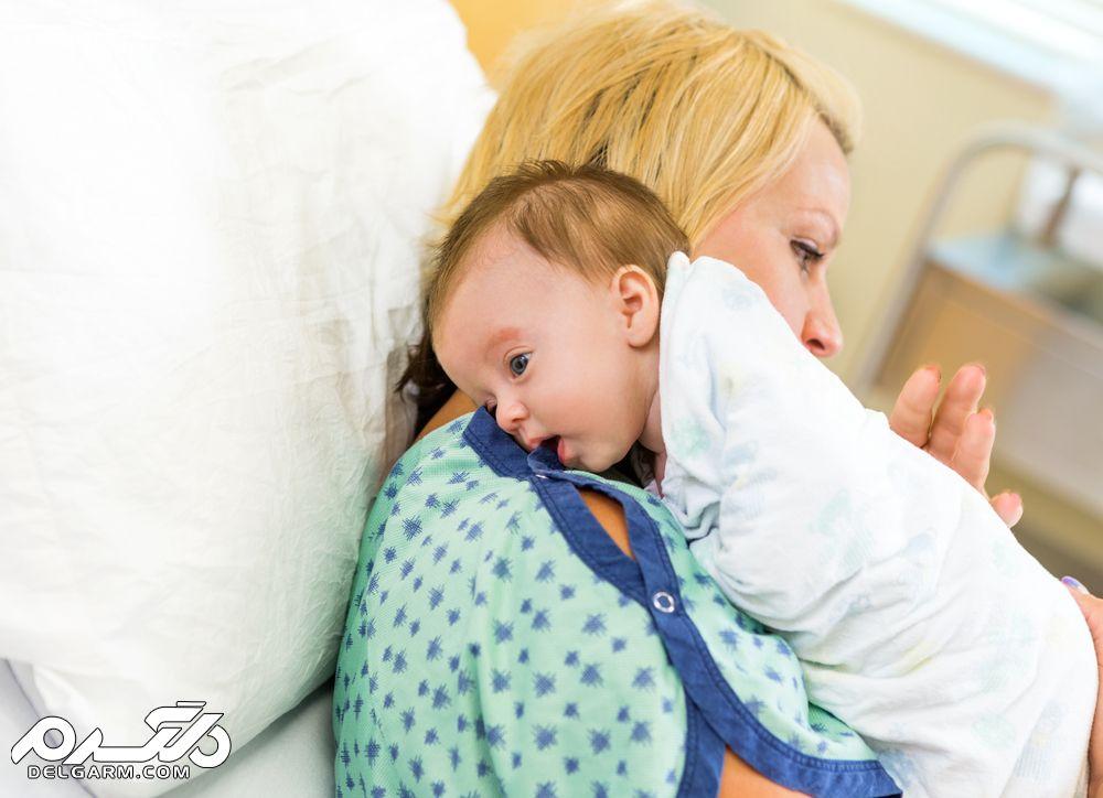 روش های صحیح باد گلو گرفتن نوزادان