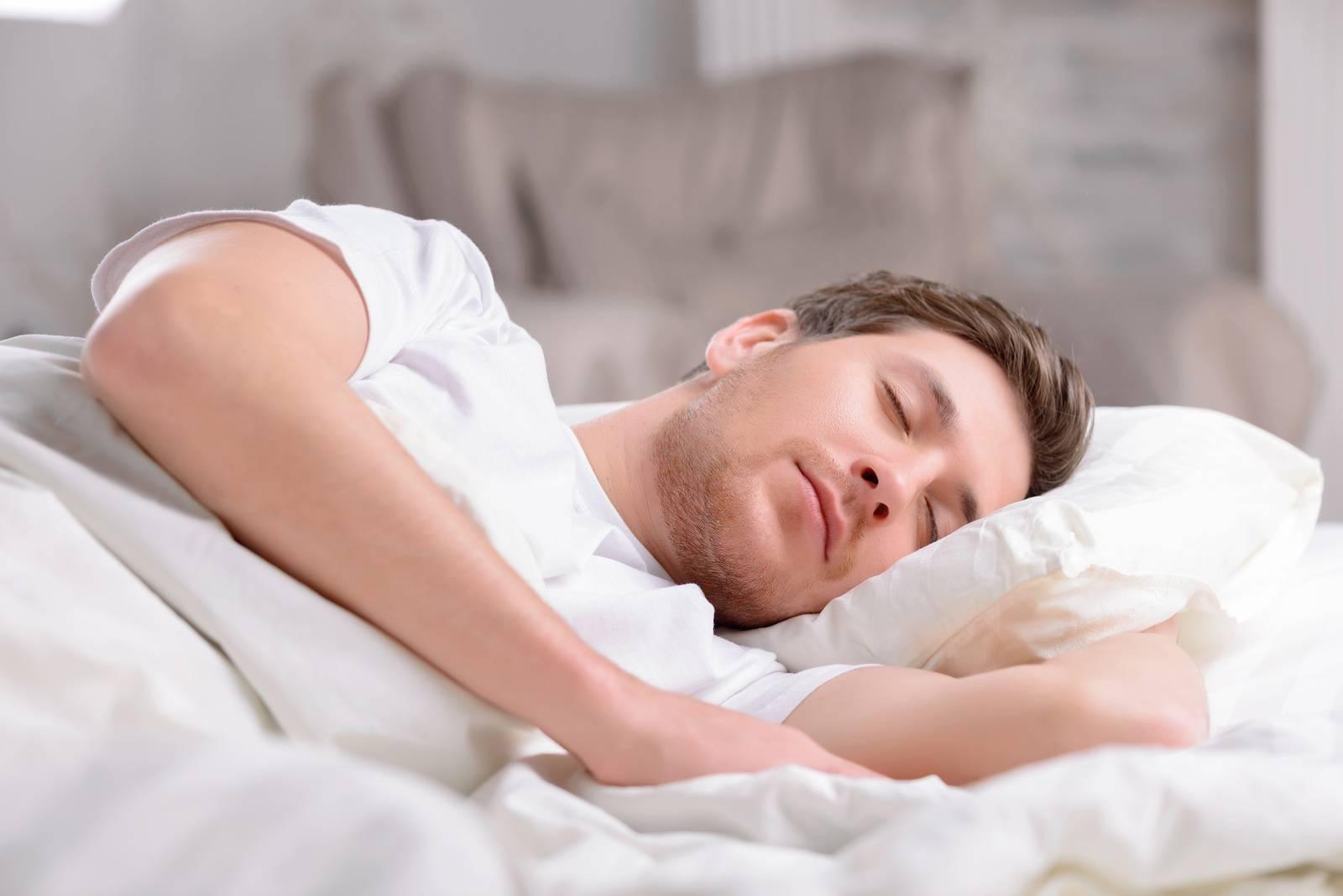 چگونه با حفظ بهره وری فقط روزی 4 ساعت بخوابیم؟