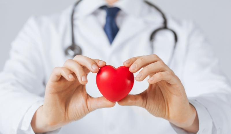 پریکاردیت (التهاب و تورم غشای دور قلب): درمان، علائم و علت