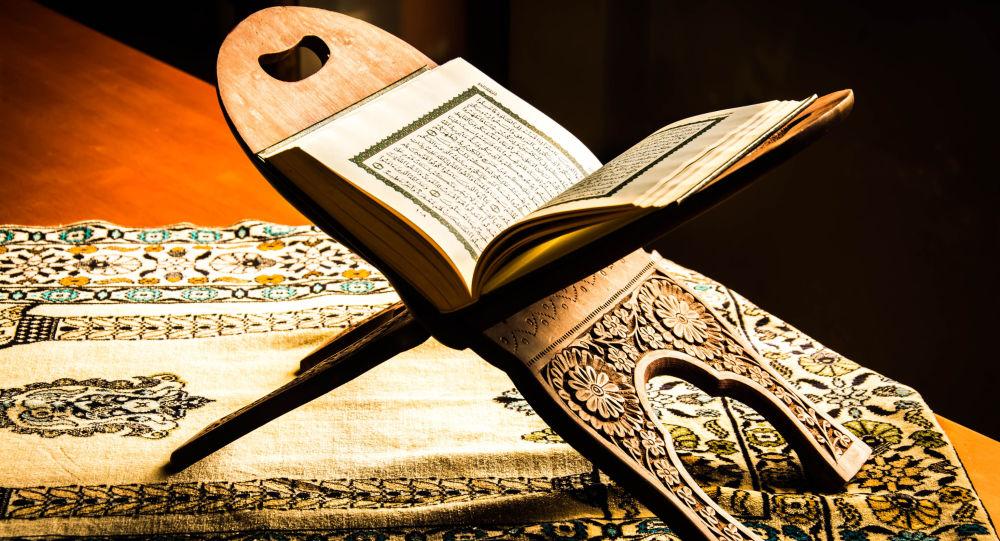 ثواب و خواص و فضیلت سوره شعراء چیست؟
