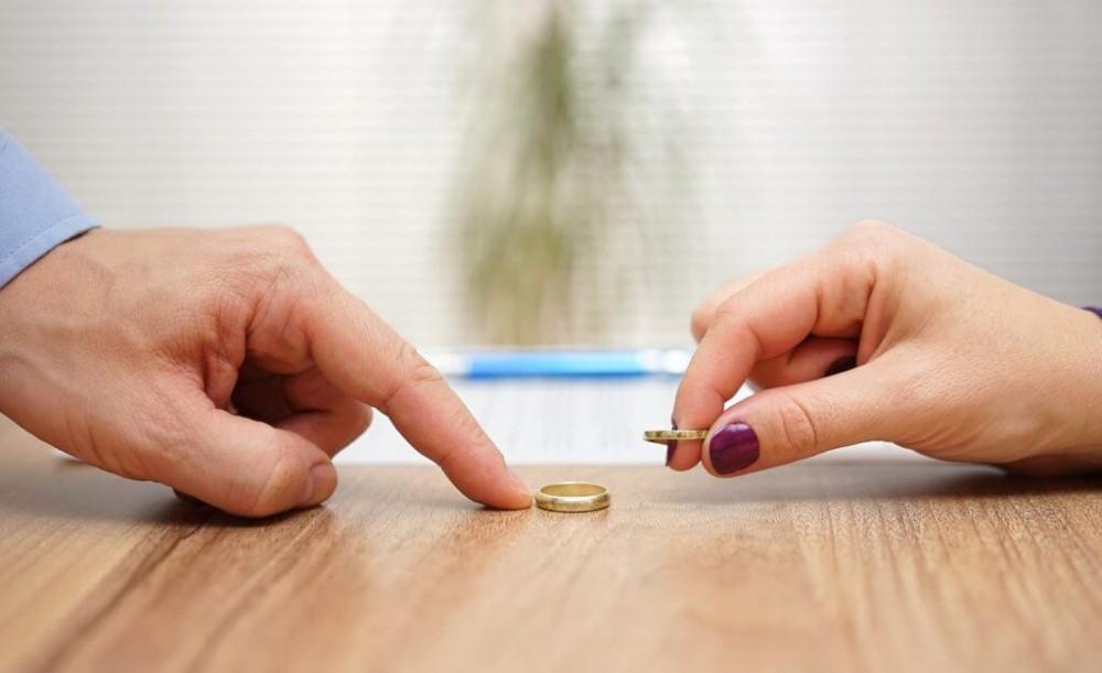 مراحل درخواست طلاق از طرف مرد