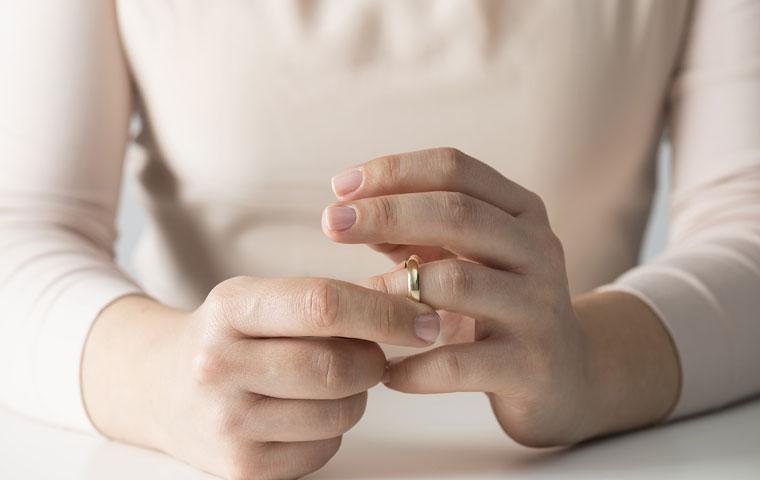 عده طلاق توافقی در صورتیکه زن باکره باشد چقدر است؟