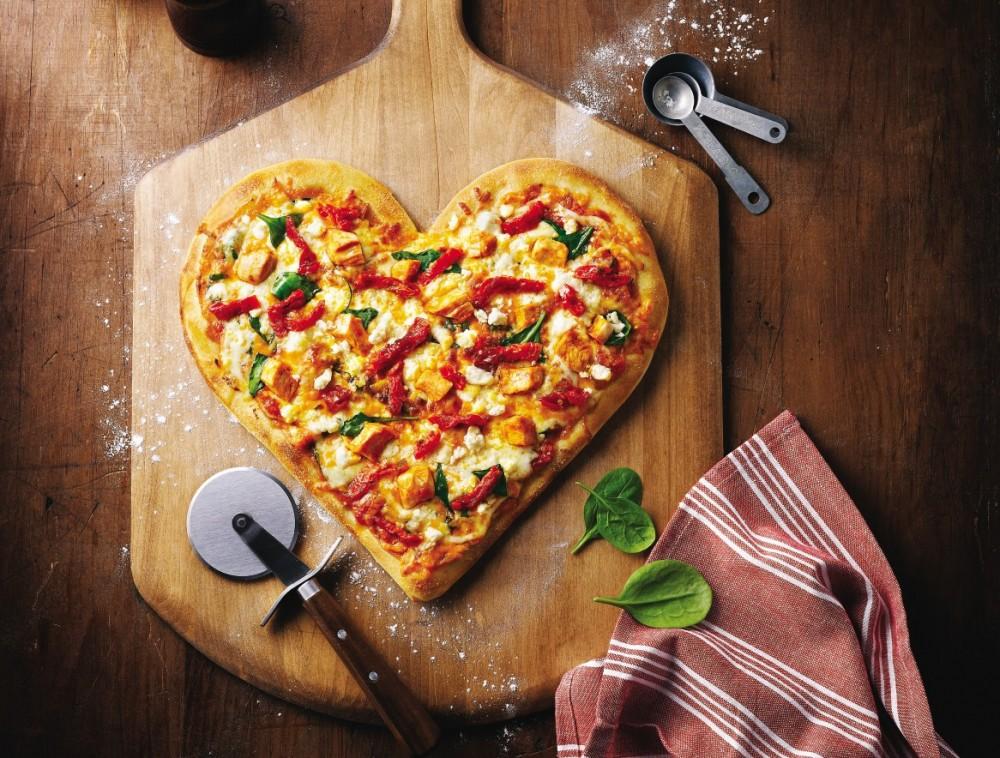 بهترین روش برای تهیه خمیر پیتزا خانگی