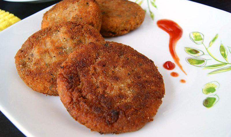 بهترین روش برای پخت کوکوی مرغ با زعفران و زرشک در منزل