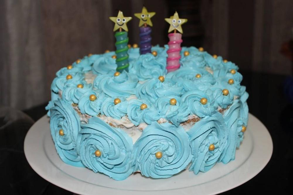 طرز تهیه خامه کیک قنادی برای تزیین کیک تولد