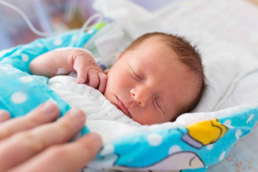 هیدرونفروز و ورم کلیه جنین (اتساع لگنچه): علل، تشخیص و درمان