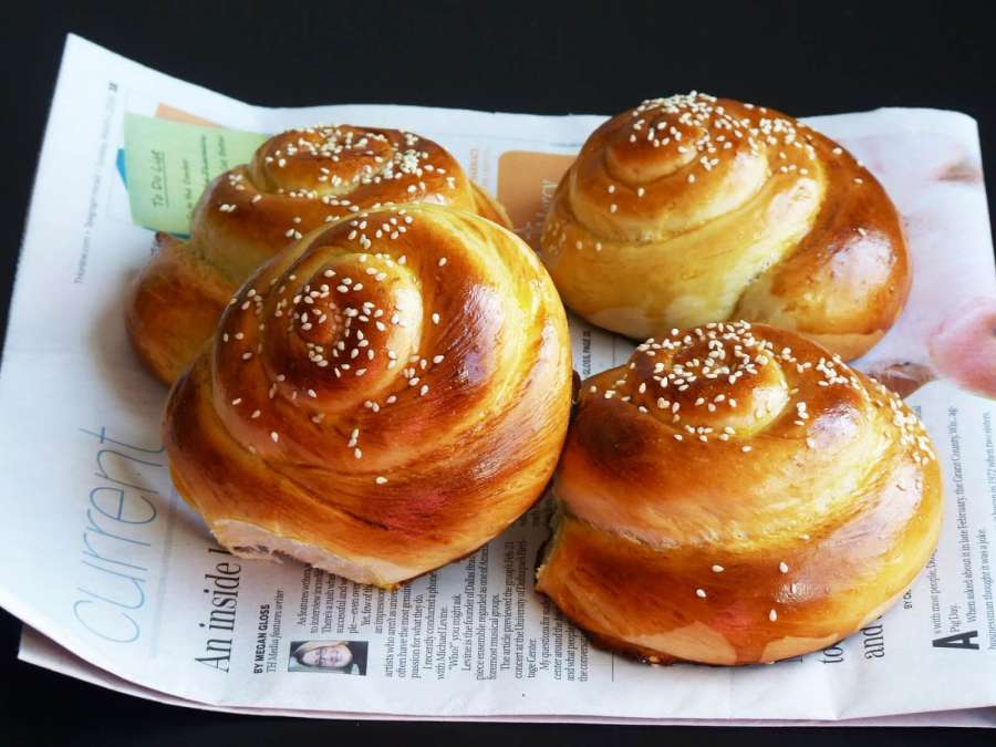 طرز تهیه نان و خمیر نان زنجبیلی تبریز