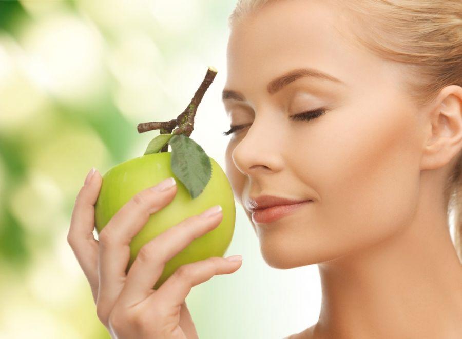 عواملی که باعث از بین رفتن حس بویایی میشوند
