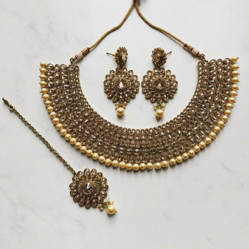 گالری از جدیدترین مدل گردنبندهای هندی خاص و زیبا