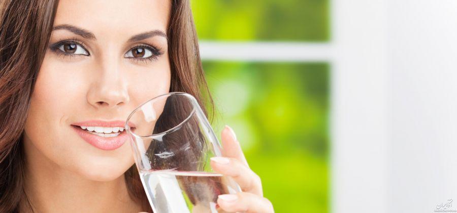 نوشیدن آب نمک با معده خالی و این همه خاصیت