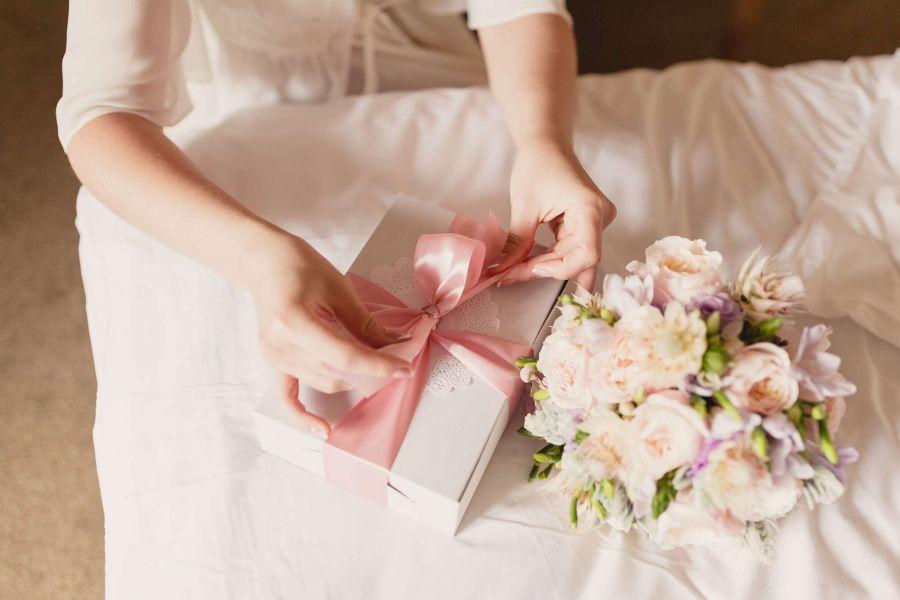 به عروس و داماد چی هدیه بدهیم؟