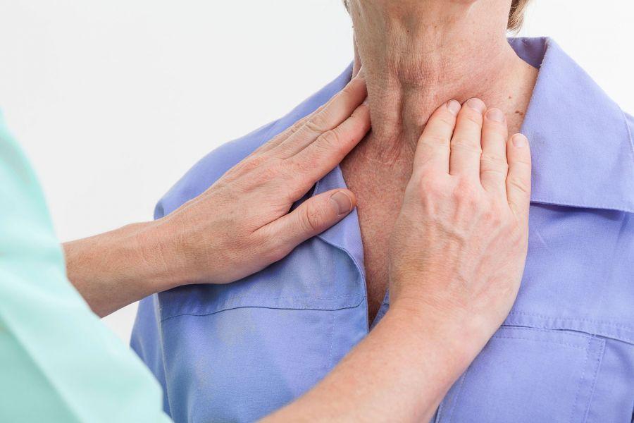 سرطان حنجره از تشخیص اولیه تا درمان