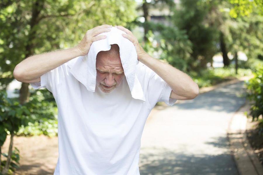 مسمومیت با نور خورشید را سریع درمان کنید