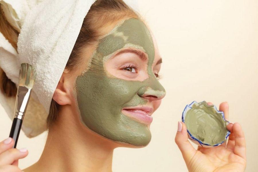 طرز تهیه بهترین ماسک چای سبز برای زیبایی پوست صورت