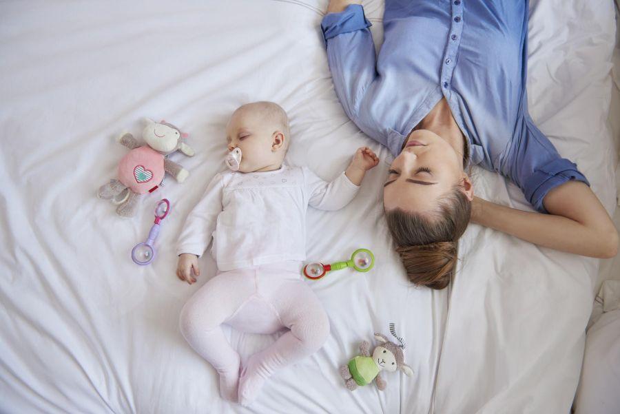 راهکارهایی موثر برای تنظیم خواب نوزاد