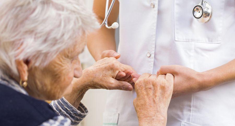 علائم و نشانه های بیماری پارکینسون + درمان