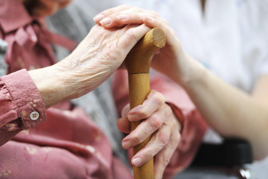 پوکی استخوان و علل و درمان های خانگی پوکی استخوان