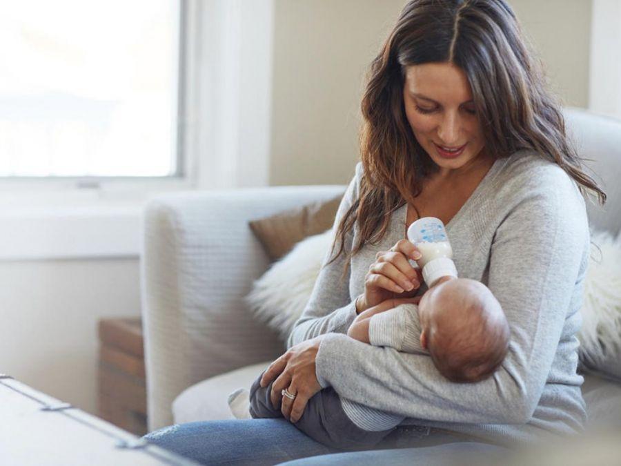 روش نگهداری شیر دوشیده مادر در فریزر + مدت زمان نگهداری