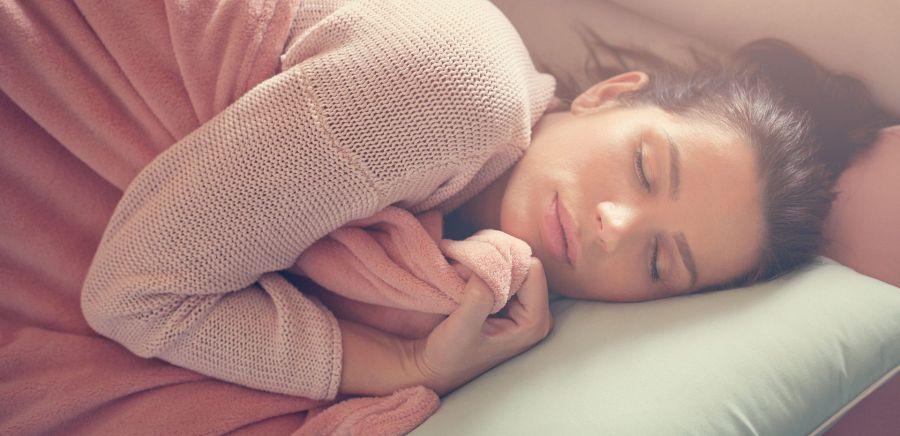 دلیل خواب زیاد خانمها چیست؟