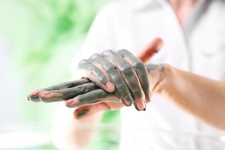 درمان بیماری های مفصلی و پوستی با خواص لجن درمانی