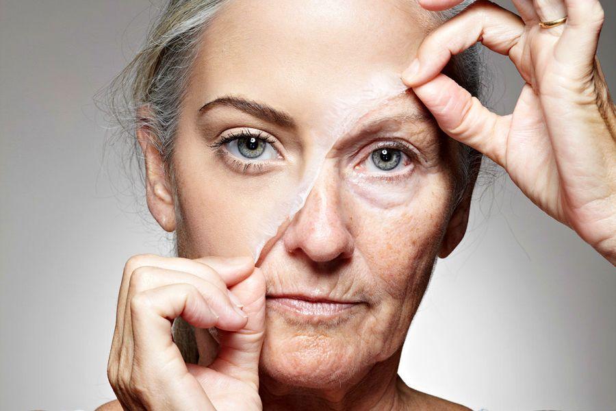 15 عادت روزانه که شما را پیر میکند