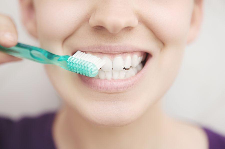 تاثیر معجزه آسای نمک دریا برای سلامت دندان و لثه