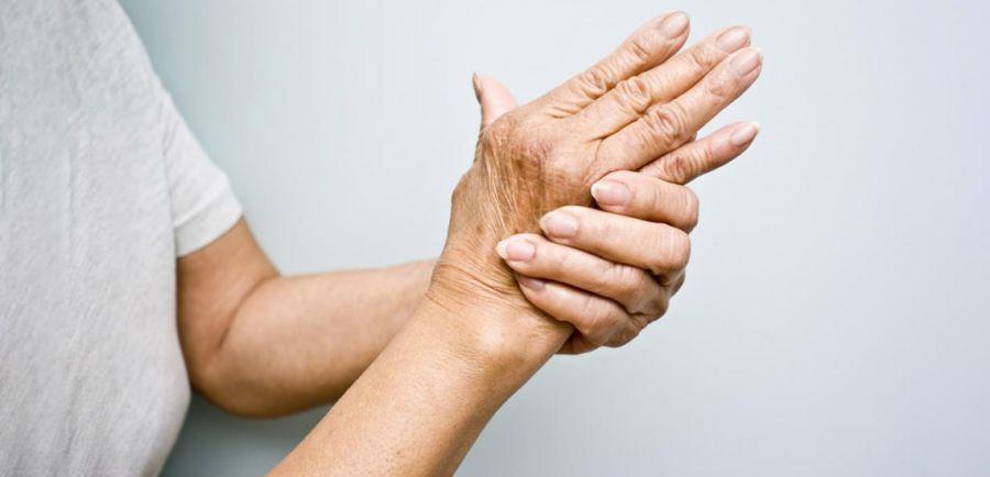 درد خشکی مفصل یا آرتریت روماتوئید یا آرتروز