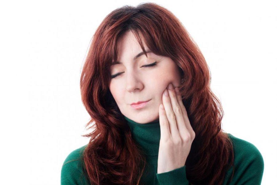 فک شما هم زود خسته میشود؟ + علت و درمان