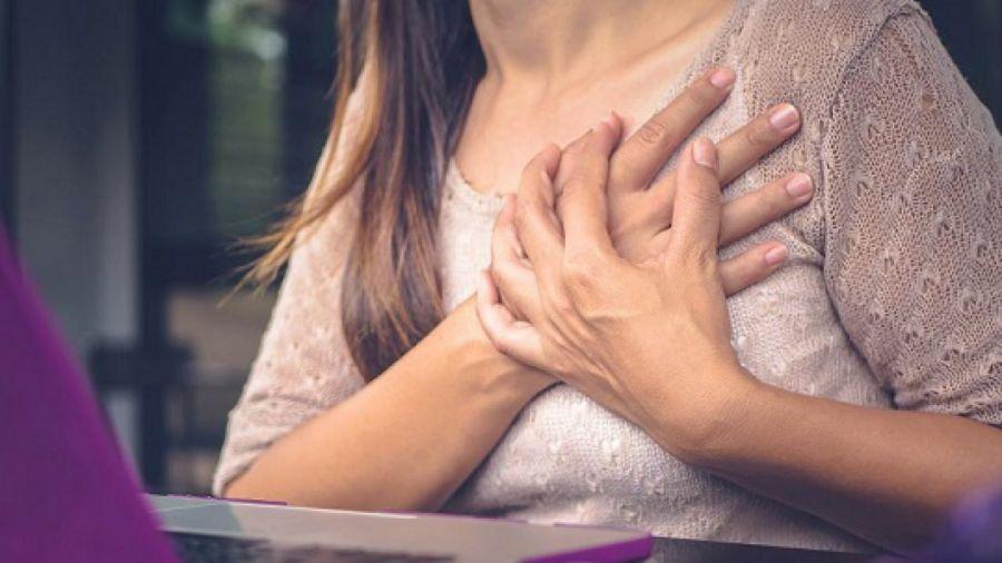 درد پستان بعد از قاعدگی ؛ علل ایجاد این درد و روش های درمان آن