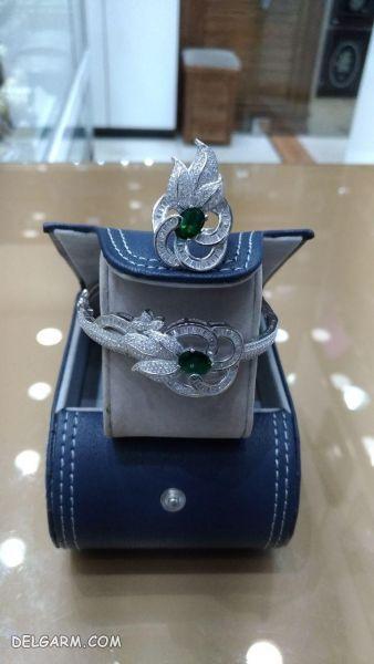 دستبند زنانه خاص و زیبا