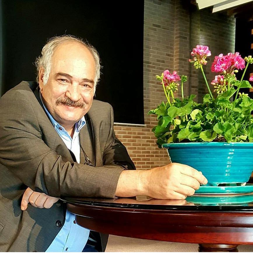 بیوگرافی محمدرضا عبدالملکیان شاعر معاصر ایران + عکس و دکلمه شعرهای وی