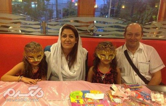 مادر و پدر سارا و نیکا اصل فرقانی