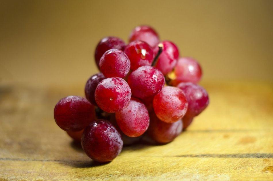 13 خاصیت باورنکردنی انگور قرمز