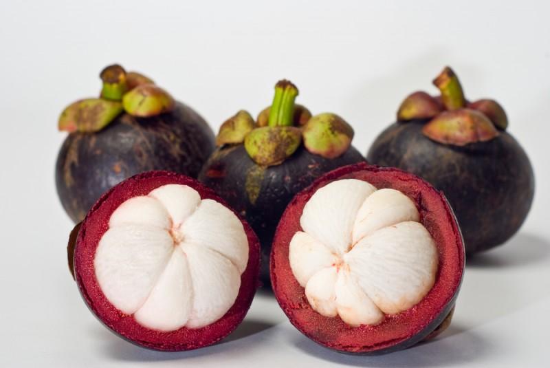 ۱۱ خاصیت جادویی مانگوستین شاه میوه استوایی