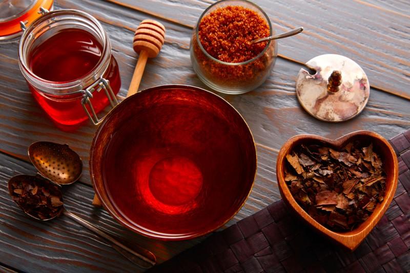 ۱۳ خاصیت شگفت انگیز چای بانچا (چای سبز ژاپنی)