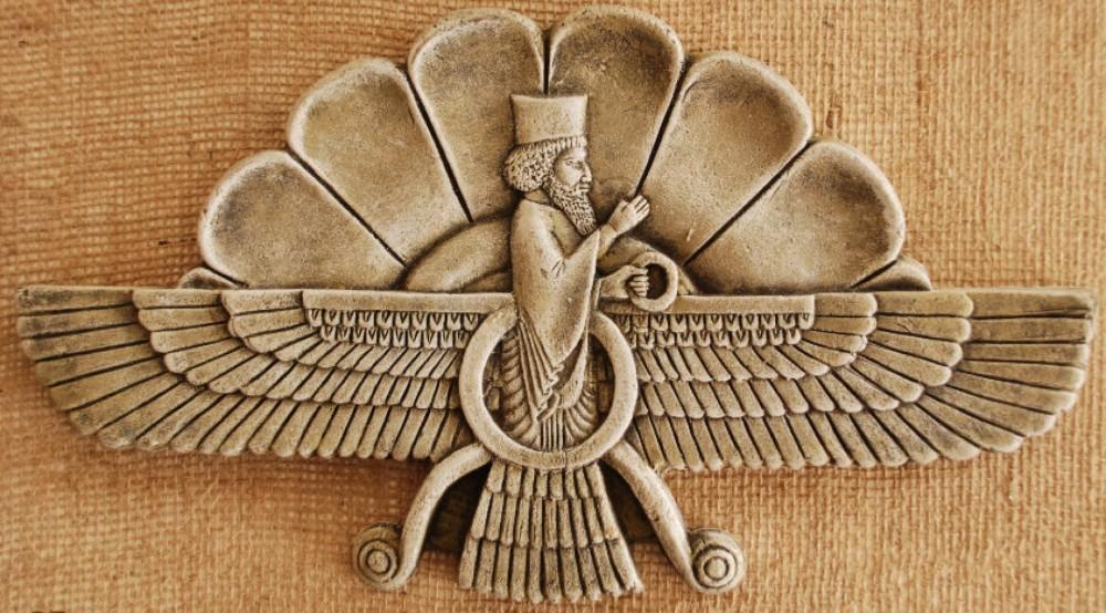 ۴ شهریور زادروز داراب (کوروش) بر زرتشتان مبارک