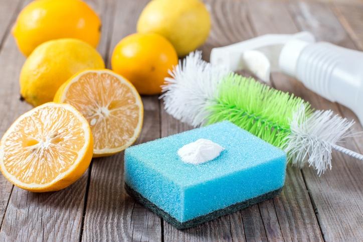 ۷ ماده پاک کننده دست ساز با مواد غذایی