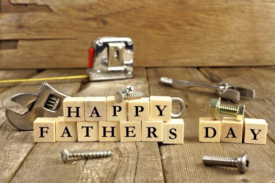 متن ها و جملات زیبا و قصار پدر یعنی.....!!!!!