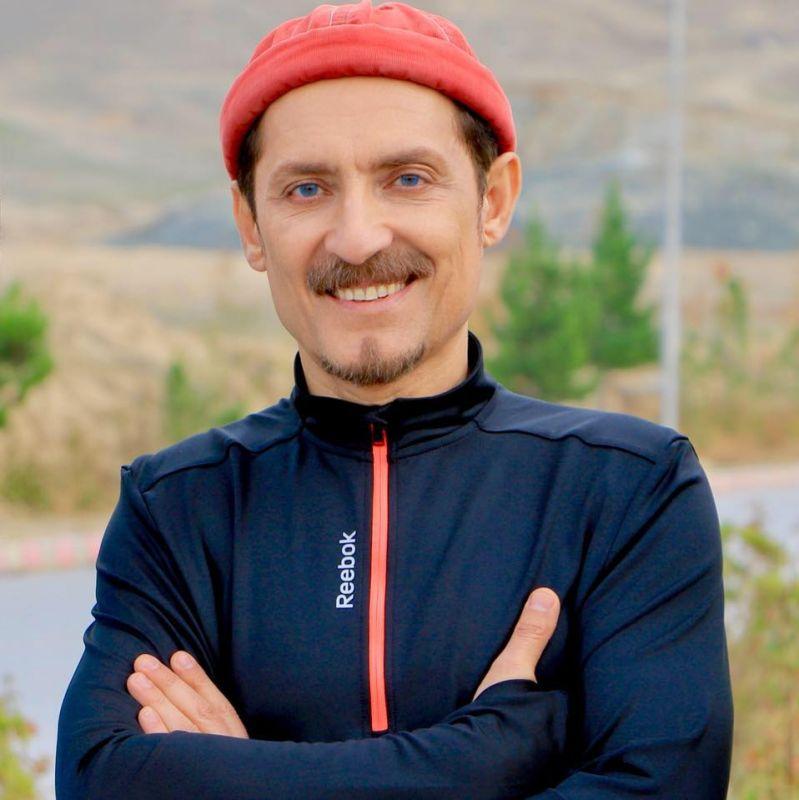 متن آهنگ هنوز از خواننده افغانی فرهاد دریا (Hanoz , Farhad Darya)