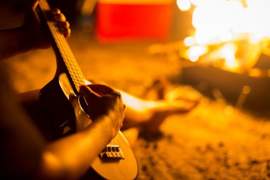 متن آهنگ چهارشنبه سوری از حسین یاقوتی