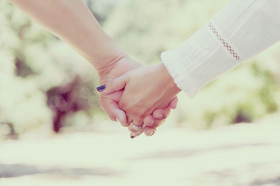 جدیدترین متن های فلسفی ابراز عشق و علاقه و عذرخواهی کردن از همسر
