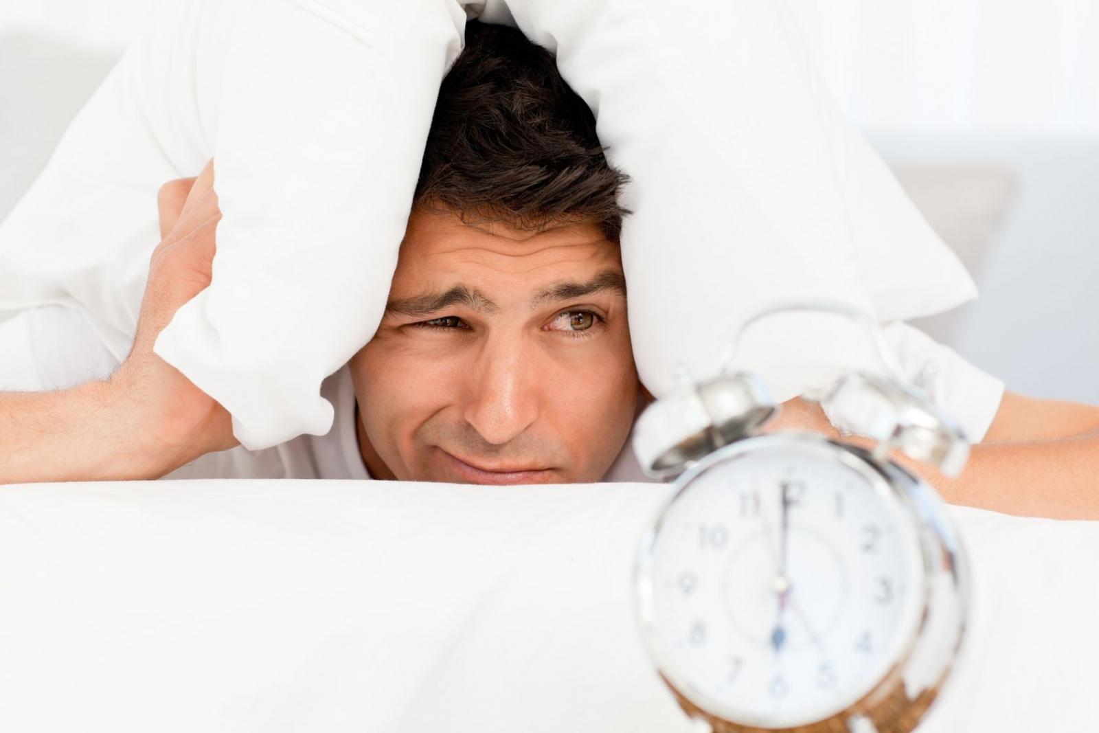 8 روش خوب برای اینکه صبح ها زود از خواب بیدار شوید