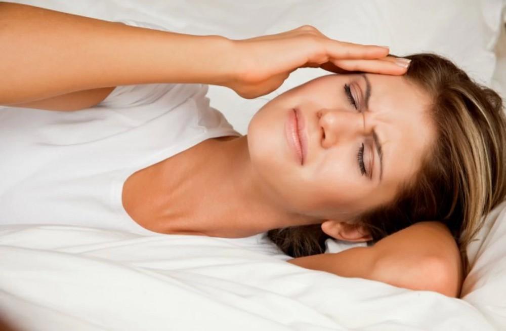 علت سردرد جنسی (سردرد ارگاسمی) چیست و چگونه از آن جلوگیری کنیم؟